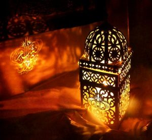 اشكال فوانيس رمضان ملونة 1 450x414 300x276 خلفيات ورمزيات تهنئة رمضان صور فوانيس رمضان