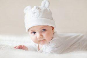 اطفال حلويين 3 450x298 300x199 صور اطفال جميلة رمزيات احلى الاطفال وخلفيات اطفال حلوة