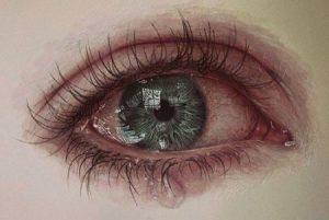 صور عين تبكي 3 450x301 300x201 صور دموع عيون تبكي ورمزيات عيون حزينة للواتساب