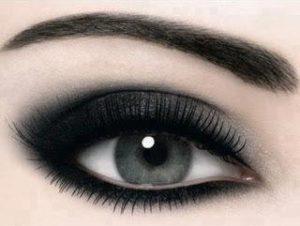 صور عين سمراء 1 300x226 صور رمزيات للبنات اجمل العيون السوداء للموبايل