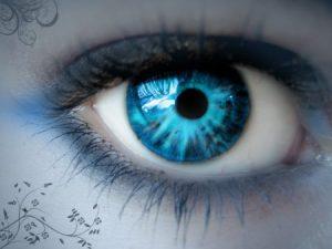 صور عيون زرقاء 4 450x338 300x225 صور رمزيات عيون باللون الازرق وخلفيات وصور عيون زرقاء