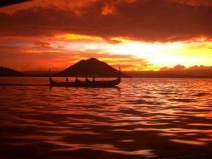صور غروب الشمس علي البحار 1 450x338 1 300x225 صور لغروب الشمس على الشواطئ والمياه والبحار