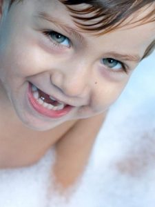 اجمل-صور-اطفال-كيوت-وحلوين-بجودة-HD-5-338x450-225x300 صور وخلفيات اجمل الاطفال , رمزيات لاحلى الاطفال