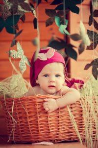 اطفال-مواليد-بالصور-2-300x450-200x300 صور وخلفيات اجمل الاطفال , رمزيات لاحلى الاطفال