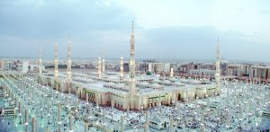 صورة-واسعة-للمسجد-النبوى-300x147 صور المسجد الحرام , صور المسجد النبوى الشريف في قمة الروعة