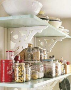 -ارفف-للمطبخ-2-352x450-235x300 صور ارفف مطابخ تحفة , تشكيلة ديكورات قمة الروعة
