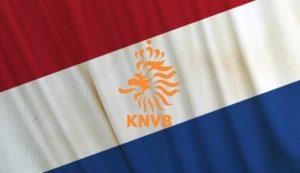 صور العلم الهولندي 1 450x260 300x173 صور علم هولندا , خلفيات متنوعة للعلم الهولندي