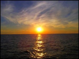 -عن-غروب-الشمس-اجمل-خلفيات-الغروب-20-300x225 صور ومناظر طبيعية, صور غروب الشمس, صور رائعة لشروق الشمس