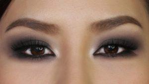 صور مكياج عيون 2 450x253 300x169 رسومات عيون جذابة , اجمل رسومات للعيون الساحرة