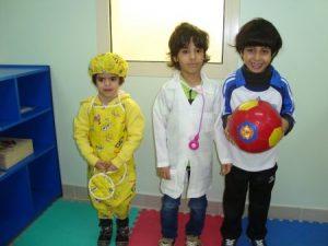 لبس-تنكري-صبيان-3-450x338-300x225 صور ازياء تنكرية للاطفال , ملابس مختلفة للطفل