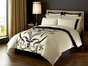 مفارش سرير جديدة شيك 2 450x336 300x224 موديلات مفارش فخمة جديدة صور تصميمات الوان تركي