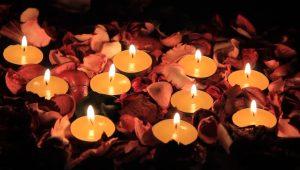 1-146-300x170 صور ورود وشموع رومانسية للعشاق, photos flowers and candles romantic
