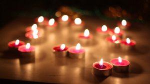 1-3-1-300x169 صور ورود وشموع رومانسية للعشاق, photos flowers and candles romantic