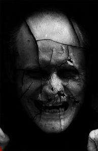 10-1-194x300 تحميل صور ورمزيات رعب, صور هكر مخيفة, صور رعب مضحكة, صور مرعبة كرتون