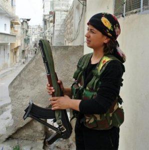 1369725326-298x300 صور بنات بالزي العسكري, بنات مقاتلات, اجمل الفتيات في الزي العسكري