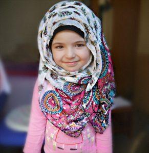 2015_1393615545_326-291x300 اروع صور اطفال محجبين للفيس بوك, صور اطفال محجبين photos girls , cute kids hijab