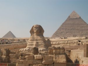 2015_1418658826_813-300x225 صور عجائب الدنيا السبع , اهرامات الجيزة احد عجائب الدنيا السبعة جميلة جدا اهرامات مصر