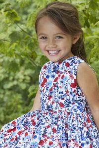 2ac543076610f3ff4c13ec279b32049e-her-smile-cute-kids-200x300 صور أجمل غمازات وخدود بنات روعة, خد وغمز اطفال جميلة جدا جديدة