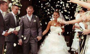 309-300x180 اجمل صور زفاف عروسة وعريس رومانسية جديدة روعة, عريس وعروسة ببدلة الفرح حلوة