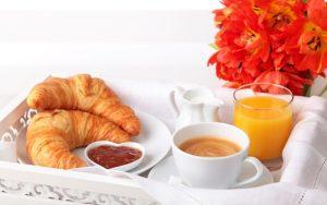 697-300x188 صور فطور, صور فطور شهي, فطور جميل, فطور الصباح مع الشاي, خبز الفطور