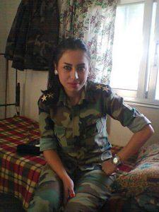 IMG-20160504-WA0015-225x300 صور بنات بالزي العسكري, بنات مقاتلات, اجمل الفتيات في الزي العسكري