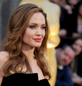 angelina-jolie-headshot-285x300 صور جديدة انجلينا جولى, صور النجمة انجلينا جولى , Photos Angelina Jolie