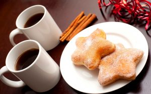 breakfast-with-tea-nice-morning-300x188 صور فطور, صور فطور شهي, فطور جميل, فطور الصباح مع الشاي, خبز الفطور
