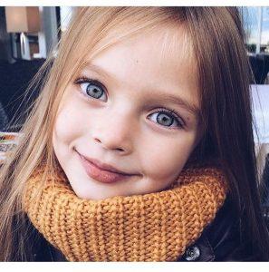 cute-eyes-kids-pretty-Favim.com-3718363-297x300 صور أجمل أطفال, اجمل اطفال المشاهير, اجمل اطفال العالم العربي, اجمل اطفال العالم بالصور