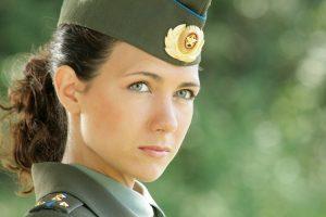 d294303dccad06153b5a72f62c872a6d-300x200 صور بنات بالزي العسكري, بنات مقاتلات, اجمل الفتيات في الزي العسكري