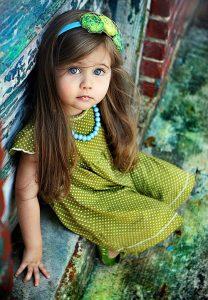 f677a17e7a28be5c6742443688001a7c-208x300 صور أجمل أطفال, اجمل اطفال المشاهير, اجمل اطفال العالم العربي, اجمل اطفال العالم بالصور