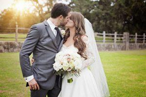 images.wedding.12-300x200 اجمل صور زفاف عروسة وعريس رومانسية جديدة روعة, عريس وعروسة ببدلة الفرح حلوة
