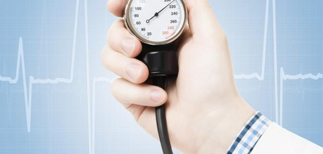 Photo of أعراض انخفاض ضغط الدم