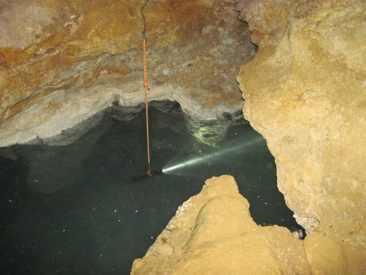 استخلاص المياه من الهواء 800x198 1 اكتشاف كهف سري , اغرب الاشياء تعيش في كهف موفيل السري