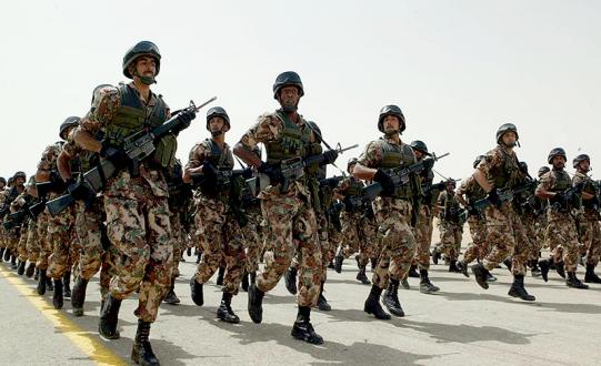 شعر عن جنودنا البواسل اشعار دعاء للجيش السعودي قصائد تشجيع جنود الوطن عبارات شكر للجيش السعودي موقع العنان