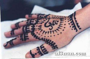 Image00003 13 300x199 بالصور صور نقشات حناء اماراتي للعرايس