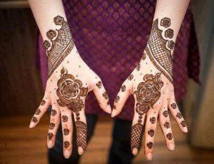 4-16-300x230 عروس جذابة وملفتة مع رسمات حنه سودانيه بسيطه