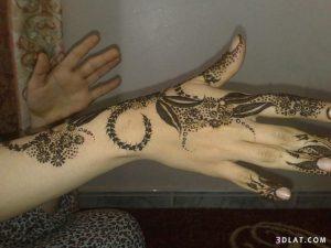 3-23-300x225 يوم العرس إعتمدي أجمل نقش حناء عماني!