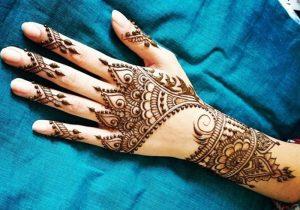 3 34 300x210 نقوش حناء اماراتي في يوم زفافك