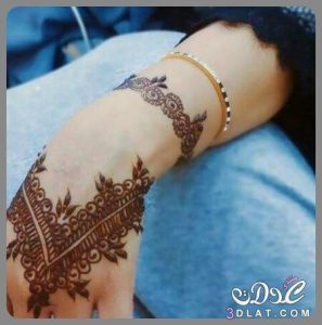 3dlat.net_01_16_8f41_e62677111f746-297x300 اجمل النقشات الهندية لموسم 2018 بايدي مغربية