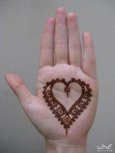 3dlat.net_15_17_de5f_e4a322cfc7d61-225x300 حنة القلب على اليد