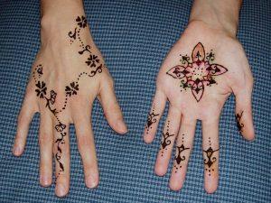 5 35 300x225 نقوش حناء اماراتي في يوم زفافك