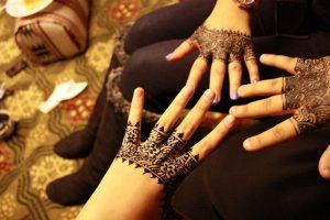 9-1-300x200 يوم العرس إعتمدي أجمل نقش حناء عماني!